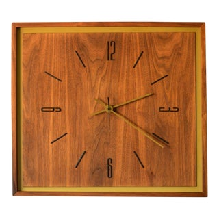 1960s Vintage Mid-Century Modern Walnut Clock For Sale