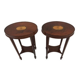 1990s Traditional Heckman Oval Flame Mahogany Side Tables - a Pair For Sale