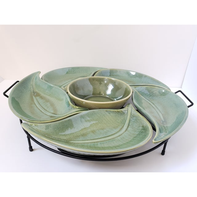 Get ready for the summer with this fun Banana Leaf Pattern stoneware serving tray from American Atelier. 5 large banana...