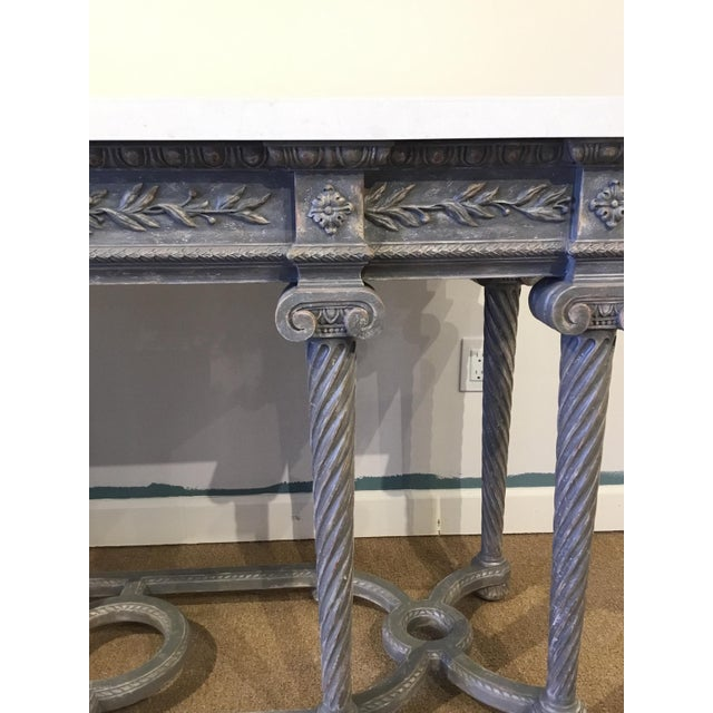 French Henredon White Marble French Style Console Table For Sale - Image 3 of 7