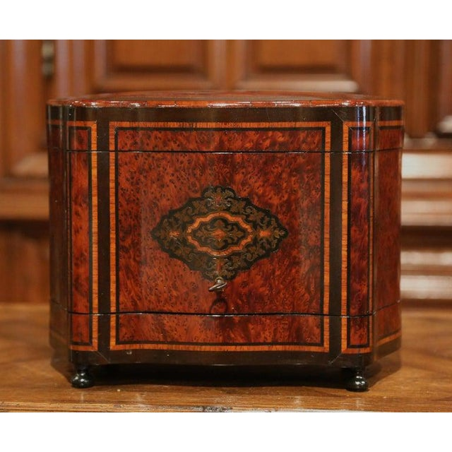 19th Century French Napoleon III Walnut and Burl Complete Cave a Liqueur For Sale - Image 12 of 13