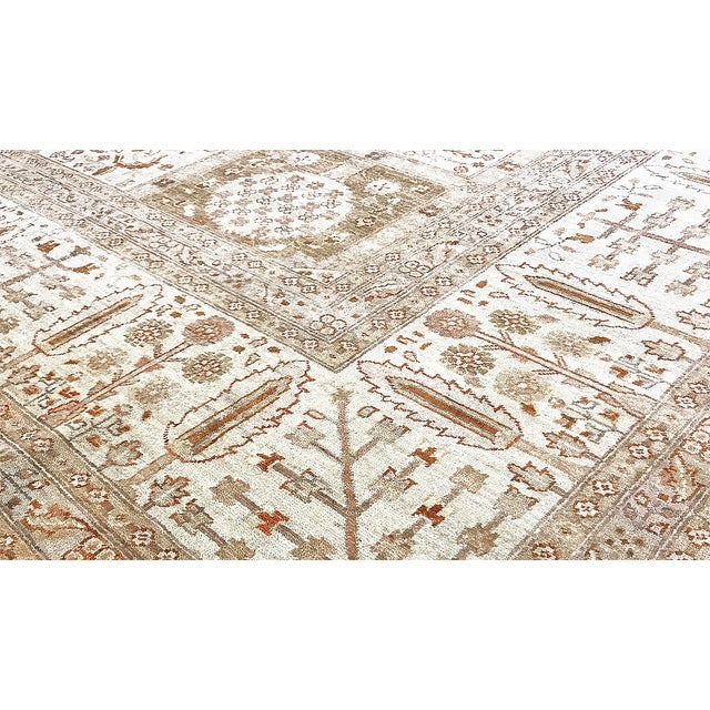 This elegantly hand woven rug is from Pakistan and woven from the finest wool to create a soft and luxurious piece that...