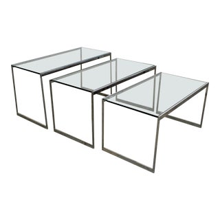 Set of 3 Mid-Century Modern Chrome & Glass Top Nesting End Tables For Sale