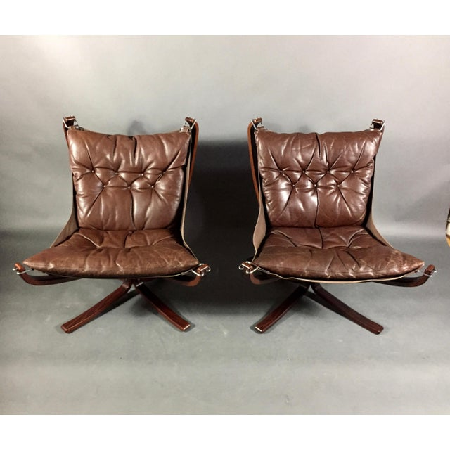 Pair Sigurd Ressell Low-Back Falcon Chairs, Norway 1970s For Sale In New York - Image 6 of 11