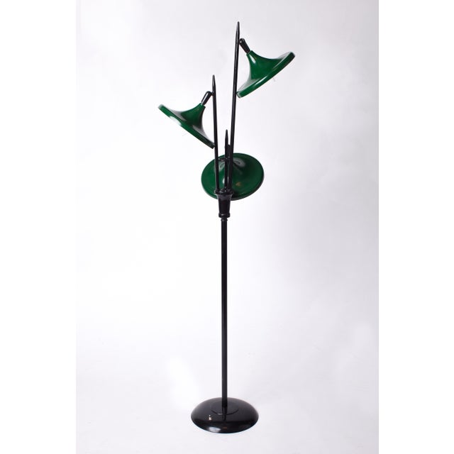 1950s 1950s Vintage Gerald Thurston for Lightolier Mid Century Modern Lacquered Metal Triennale Floor Lamp For Sale - Image 5 of 5