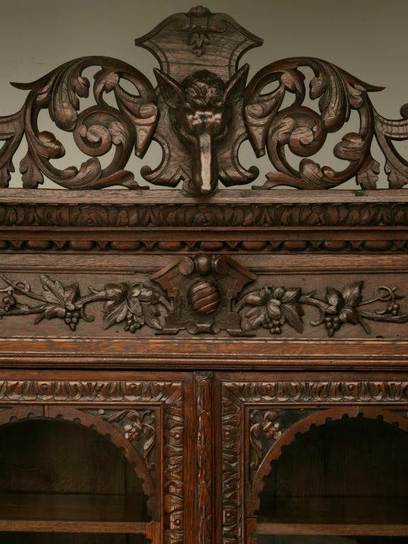 Antique French, Heavily Carved Oak Hunt Cabinet With Intricate Fox Crown    Image 7 Of