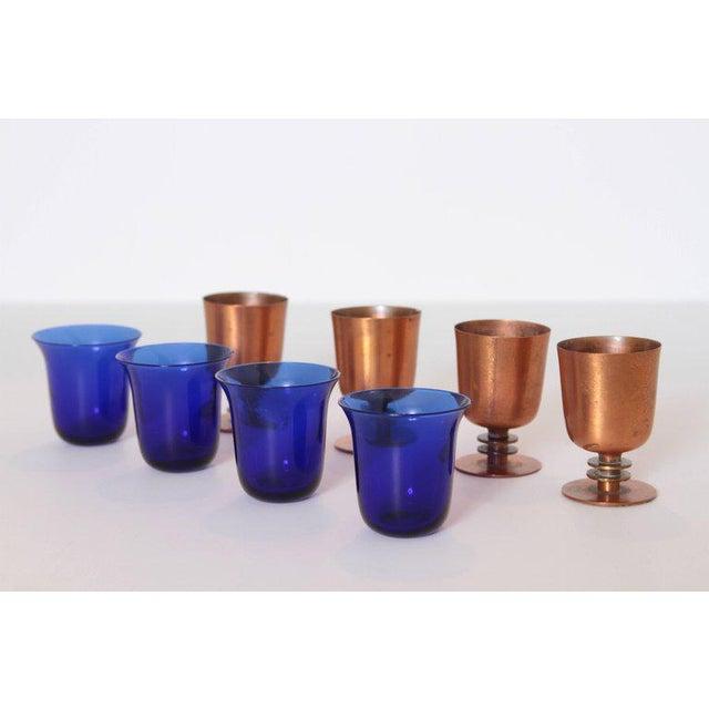 1930s Machine Age Art Deco Walter Von Nessen Cocktail Cups Copper & Brass - Set of 4 For Sale - Image 5 of 11