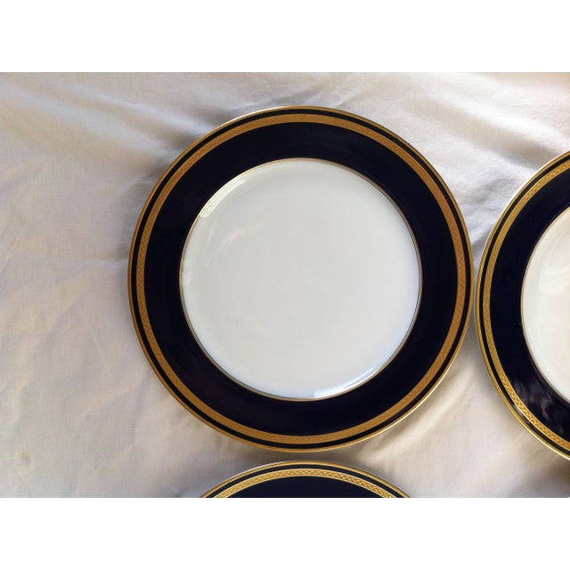 "Hutschenreuther ""Monarch"" China Plates - Set of 4 For Sale In Los Angeles - Image 6 of 10"
