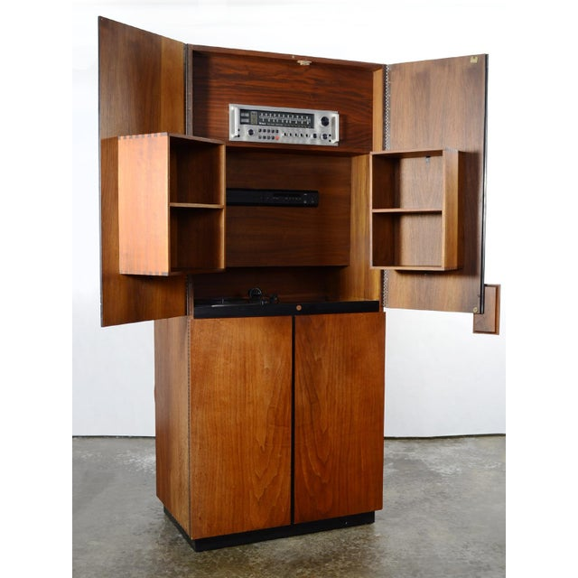 Richard Thompson Stereo Cabinet or Bar by Glenn of California For Sale In Chicago - Image 6 of 11
