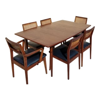 Danish Modern Jens Risom Extendable Walnut Wood Dining Set - 7 Pieces For Sale