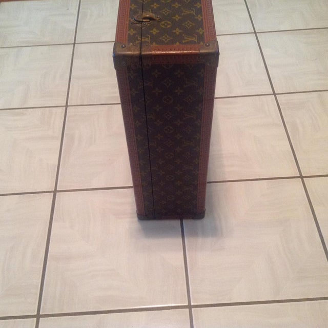 Abstract Mid-20th Century Louis Vuitton Hard Case Bisten Luggage For Sale - Image 3 of 12