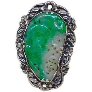 Mid-Century Chinese Sterling Silver and Carved Green Jade Ring For Sale