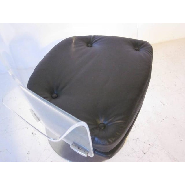 Vladimir Kagan Styled Lucite Upholstered Swivel Chair For Sale - Image 4 of 7