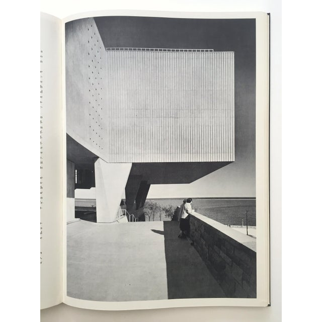 """ Eero Saarinen on His Work "" Rare Vtg 1968 Collector's Slipcase Large Hardcover Mid Century Modernism Architecture Book For Sale - Image 9 of 13"