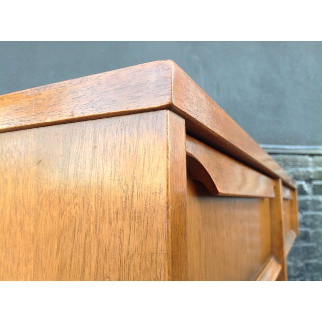 Kroehler Mid-Century Modern Desk For Sale In Los Angeles - Image 6 of 7