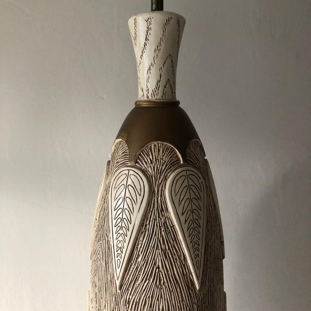 Hollywood Regency Mid Century Modern Hollywood Regency Monumental Ceramic Table Lamp For Sale - Image 4 of 9