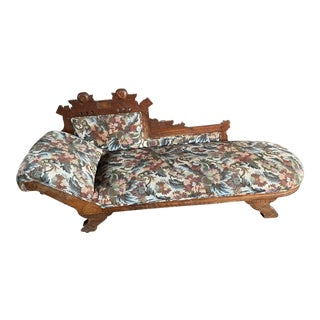 Victorian Eastlake Fainting Couch Chaise For Sale
