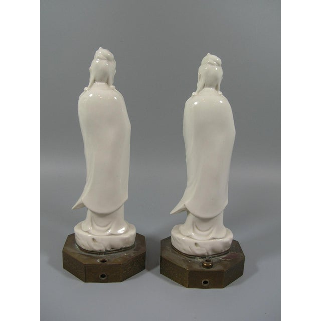 Antique Chinese Dehua Blanc De Chine Porcelain Standing Guanyin/Kwan Yin Statues - Set of 2 For Sale - Image 5 of 8