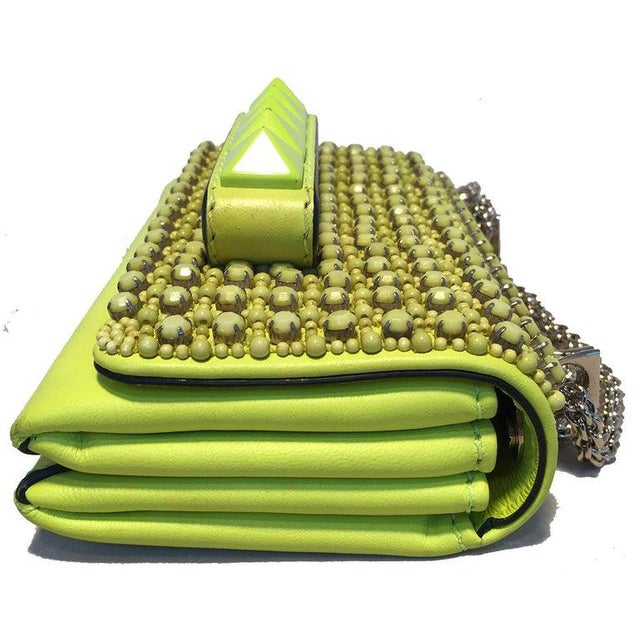 Contemporary Valentino Garavani Va Va Voom Neon Studded Knuckle Clutch With Strap For Sale - Image 3 of 9