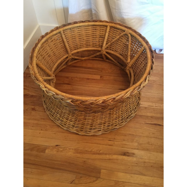 1970s 1970s Boho Chic Round Wicker Coffee Table For Sale - Image 5 of 11