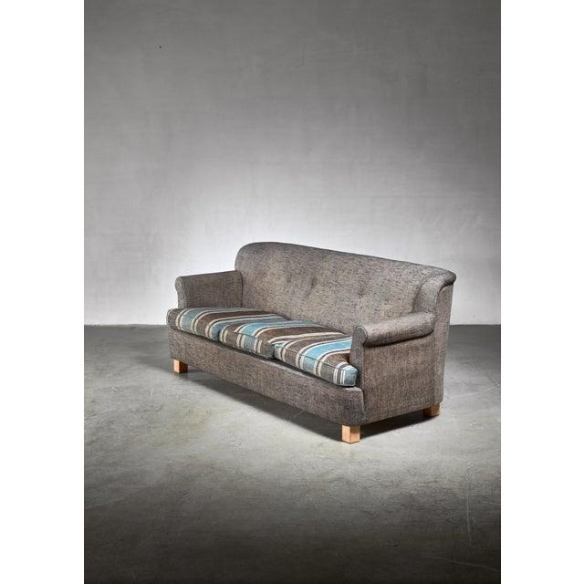 Mid-Century Modern Artek Three Seater Sofa, Finland, 1960s For Sale - Image 3 of 5