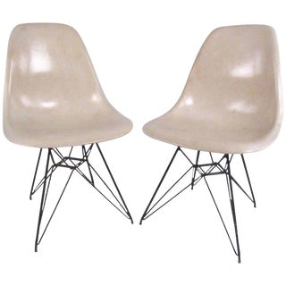 Vintage Charles Eames Eiffel Tower Fiberglass Side Chairs for Herman Miller For Sale