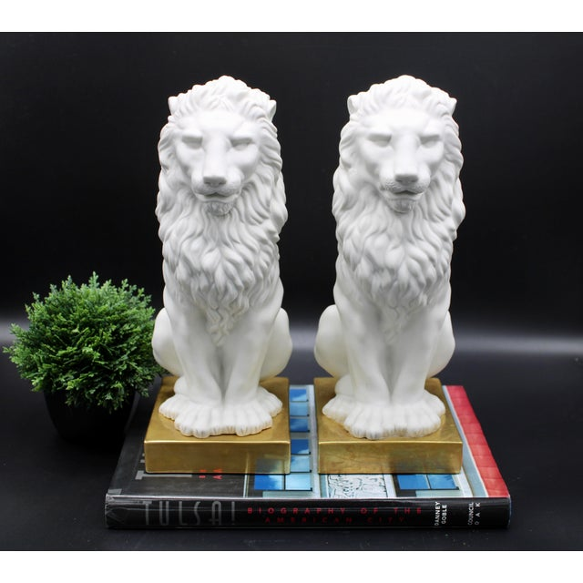 Hollywood Regency Italian Mottahedeh Ceramic Mantle Lions - a Pair For Sale - Image 3 of 13