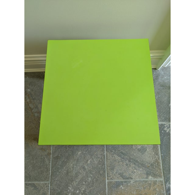 Milo Baughman for Thayer Coggin 1980s Vintage Milo Baughman Style Lime Green Laminate Parsons Side Table For Sale - Image 4 of 9