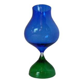 Mid Century Modern Vicke Lindstrand for Kosta 1962 Hourglass Shaped Color Glass Vessel For Sale