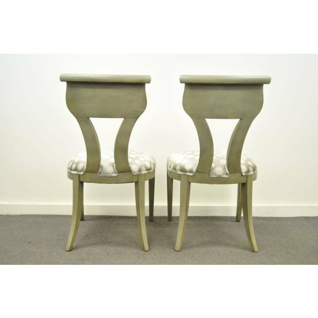 1960s Vintage eHollywood Regency Klismos Neoclassical Style Grey Painted Side Chairs- A Pair For Sale - Image 9 of 10