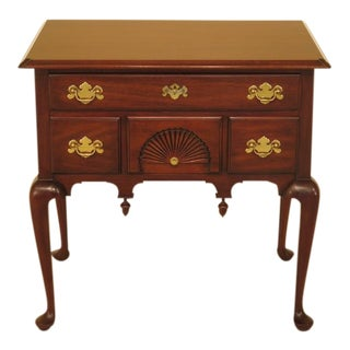 Henkel Harris Queen Anne Mahogany New England Lowboy For Sale
