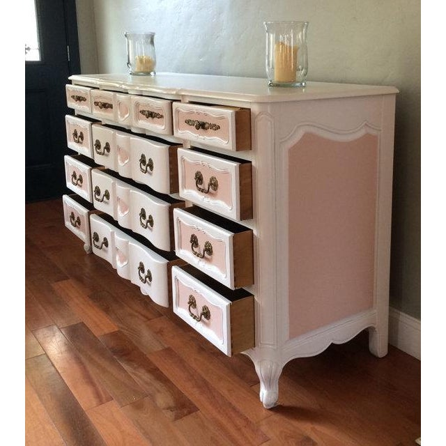 Two Tone French Provincial Mid Century Dresser - Image 4 of 8