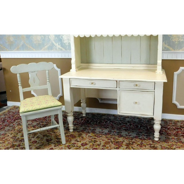 Bradshaw Kirchofer White Hand Crafted Sweat Pea Desk w/ Scalloped Hutch & Chair For Sale - Image 5 of 9