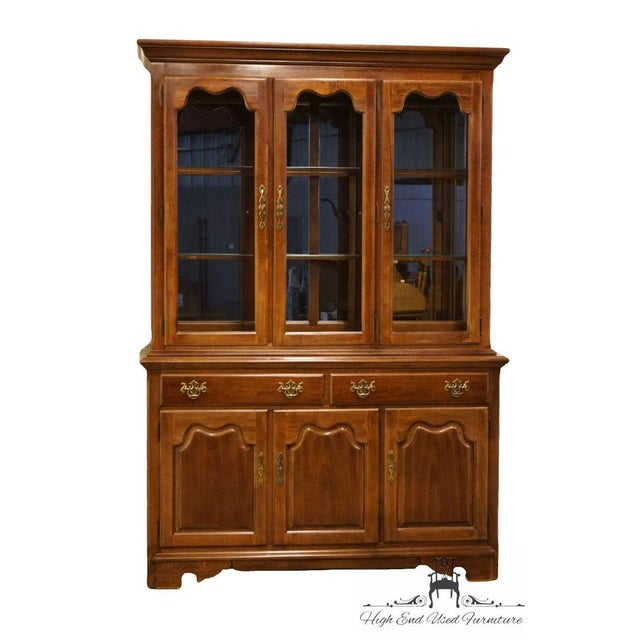 "Thomasville Furniture Winston Court Collection 56"" China Cabinet 20621-321 80.25"" High 55.75"" Wide 18"" Deep We specialize..."
