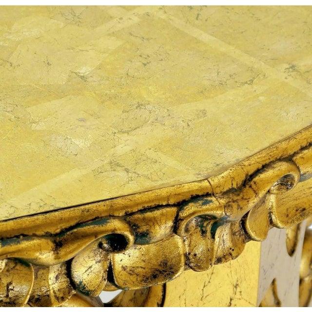 1960s Italian Gilt Console Table with Églomisé Glass Top For Sale - Image 5 of 8