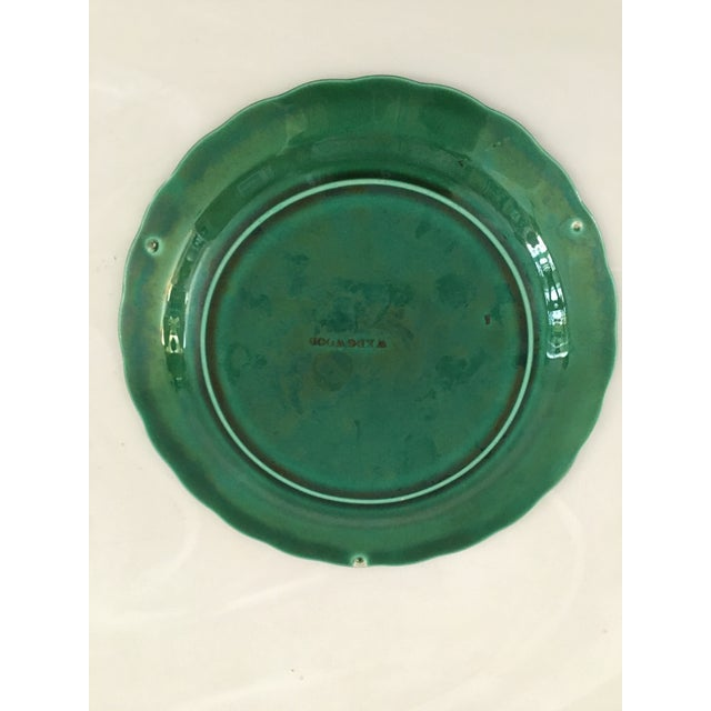 Victorian 1870's Wedgwood Green Majolica Sunflower in Basket Plate For Sale - Image 3 of 7