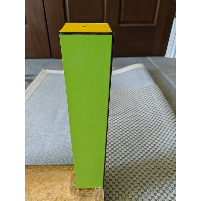 Lime 1980s Vintage Milo Baughman Style Lime Green Laminate Parsons Side Table For Sale - Image 8 of 9