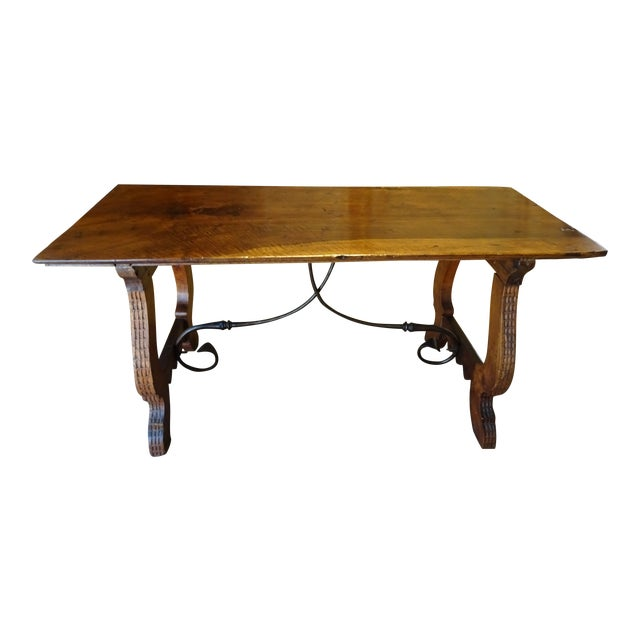 19th Century Spanish Walnut Dining Table For Sale