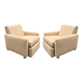 Pair of Reclining Lounge Chairs by Milo Baughman