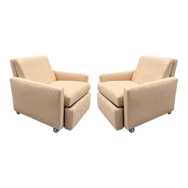 Pair of Reclining Lounge Chairs by Milo Baughman For Sale