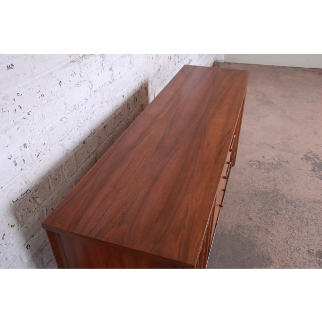 Kent Coffey Perspecta Sculpted Walnut and Rosewood Credenza For Sale - Image 9 of 11