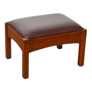 Stickley Mission Collection Cherry & Leather Gustav Footstool 91-2591 For Sale
