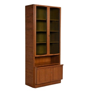 Two-Piece German Modern Teak Display China Hutch Cabinet by Bartels Möbelstück For Sale