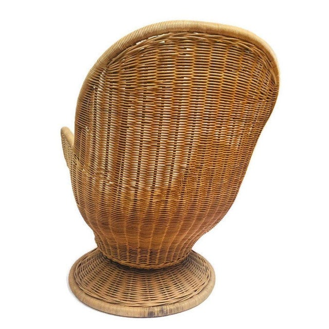 Bamboo 1980s Vintage Sculpted Rattan Egg Chair Swivel Wicker Club Chair For Sale - Image 7 of 13