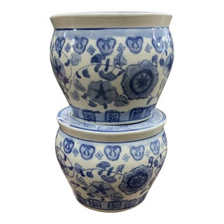Late 20th Century Small Blue and White Chinese Porcelain Cachepots - a Pair For Sale