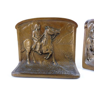 Native American Hunter on Horseback Bookends Preview