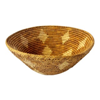 Vintage Mid-Century Hand Woven Diamond Motif Basket For Sale