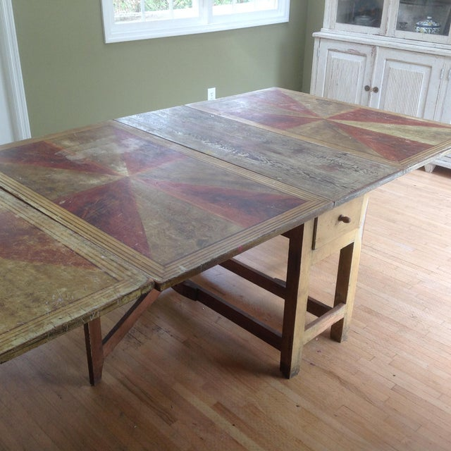 Gold & Amber Gustavian Dining Table - Image 3 of 9