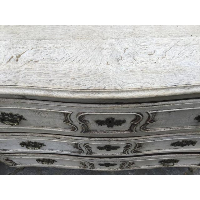 Louis XV 18th C. Louis XV Commode For Sale - Image 3 of 9