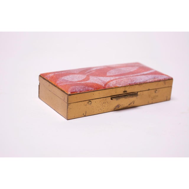 Mid-Century Modern Enamel and Brass Cigarette Holder / Trinket Box For Sale - Image 4 of 10
